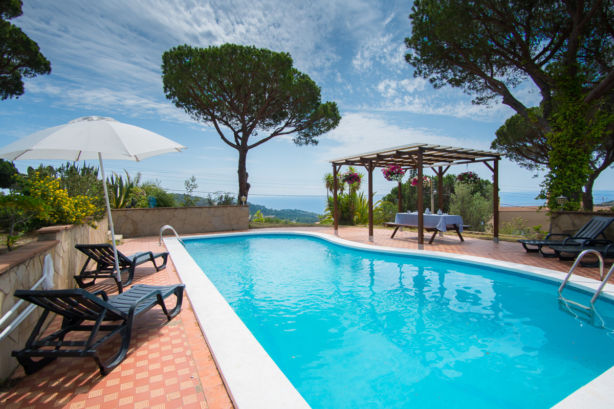 location villa lloret de mar costa brava maison espagne myrna. Black Bedroom Furniture Sets. Home Design Ideas